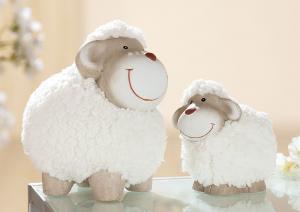 Álló bárány fehér