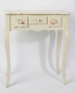 Asztal,fa krém színű virágos