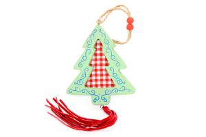 Fenyőfa ablakdísz kockás akasztós fa 11x35cm piros-fehér-kék-zöld