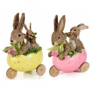 Húsvéti nyulak tricikliben
