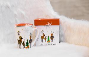Karácsonyi bögre díszdobozban Family Christmas