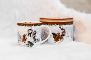 Karácsonyi bögre díszdobozban hóember
