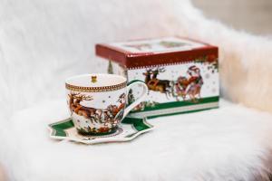 Karácsonyi csésze alátéttel díszdobozban Vintage télapó