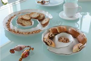 Kínáló csiga forma fehér NINCS KÉSZLETEN!