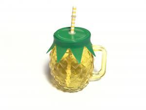 Szívószálas ananász formájú limonádés üveg
