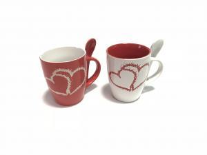 Valentin napi bögre kanállal piros-fehér