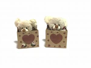 Valentin napi plüss figura maci papírtáskában