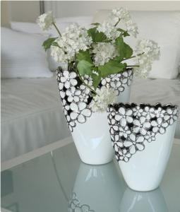 Váza virágos nagy fehér-ezüst